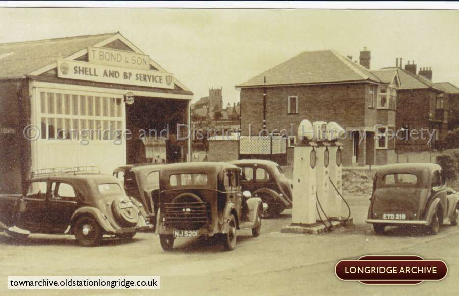 Bonds Garage, Stone Bridge