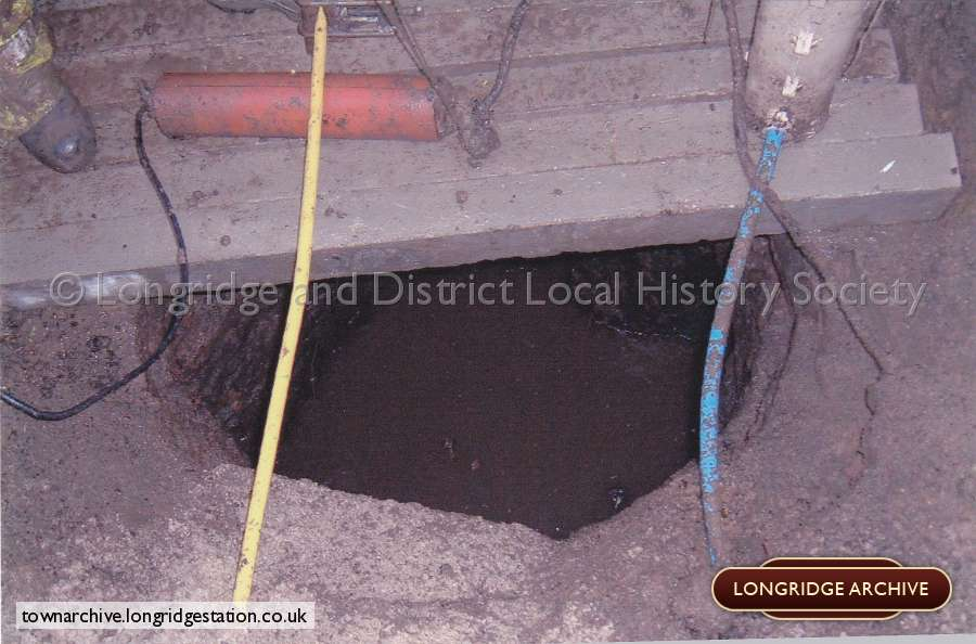 King Street, Unearthing Of Old Well