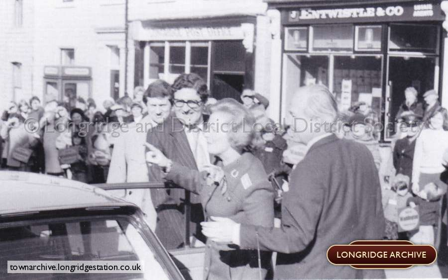 Maggie Thatcher Arrives In Longridge
